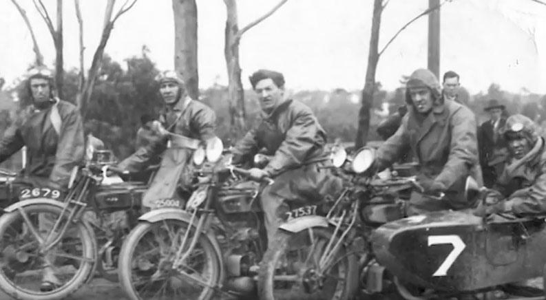 Vintage Motorcycle Racing in Australia